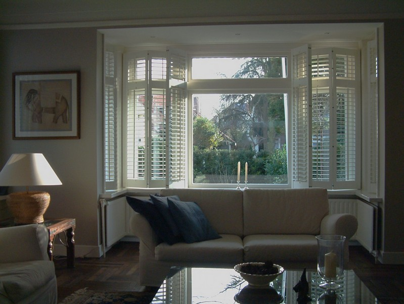 curtains and fabrics from anna tyrrell interior design godalming